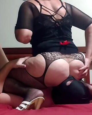 Femdom Mistress Lusinda. Hard facesitting, ass licking, anilingus 2