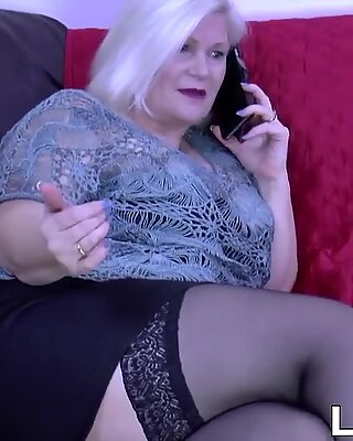 English mature with big tits has her pussy fucked by BBC