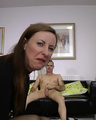 Cockriding european milf gets cumcovered