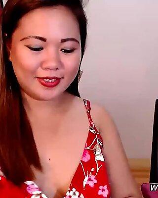 Chubby Asian fucked by skinny guy webcam