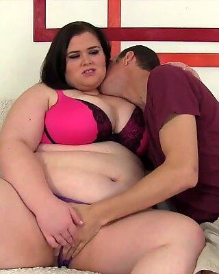 Horny BBW Holly Jayde rides a stiff cock